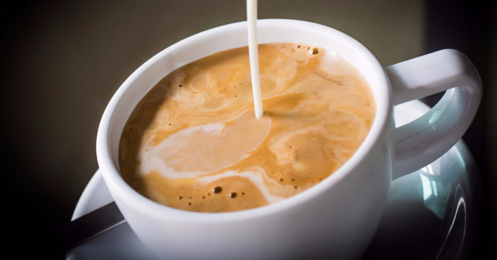 6 Healthier Substitutes for Conventional Coffee Creamer