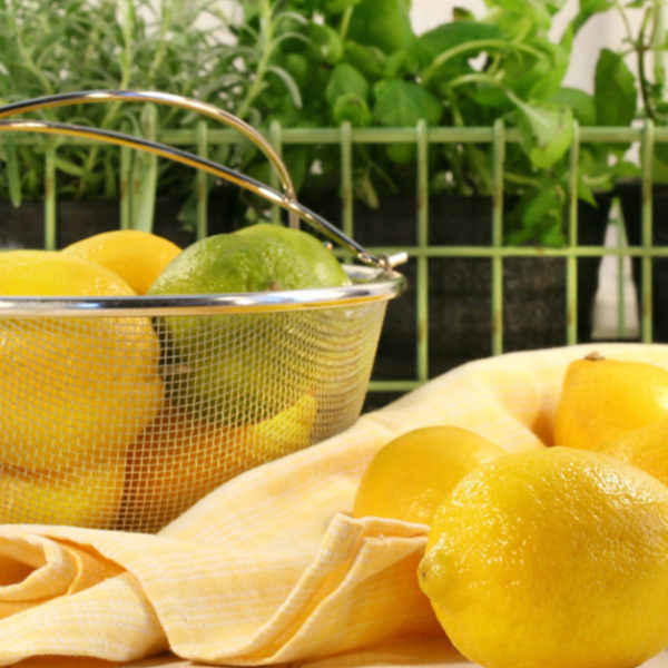 5 Natural Ways To Clean Your Home (Make It Sparkle!)